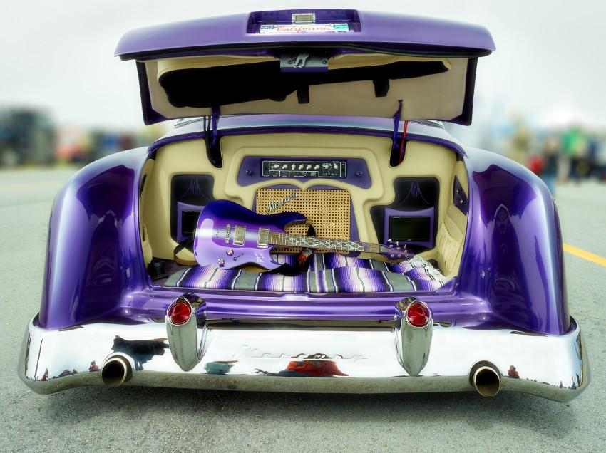 Mercury Guitar Trunk by Peter Adams.