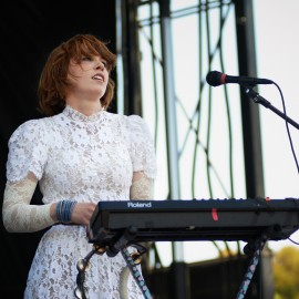 Hannah Hooper / Grouplove by Peter Adams.